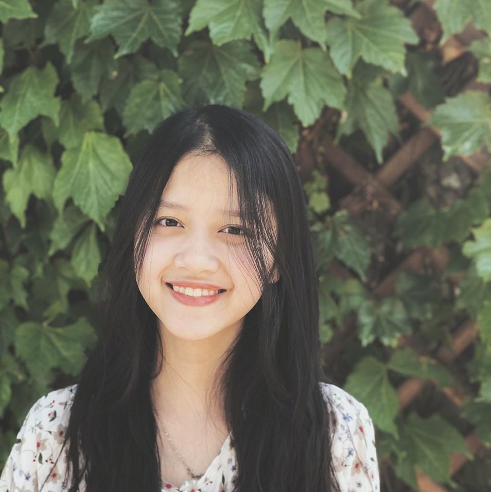 Cách trị mụn thâm của cô nàng hot girl Ly Nguyễn 1