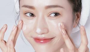 Cách dưỡng ẩm cho da mụn 1